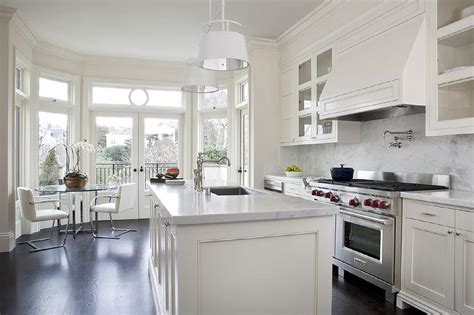 countertops with white kitchen cabinets cream kitchen cabinets with white marble countertops