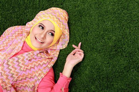 Arti Khimar apa perbedaan jilbab khimar dan cek disini ya