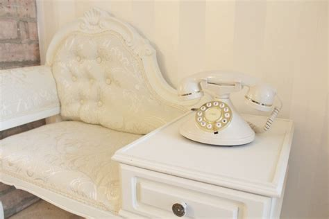 shabby to chic upcycled vintage telephone table amy antoinette