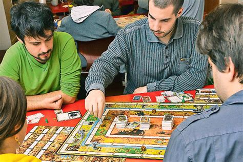 giochi da fare a tavola oltre il gioco da tavola l evoluzione delle tattiche
