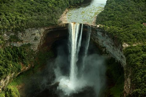 waterfalls in the world best waterfalls in the world list adventure