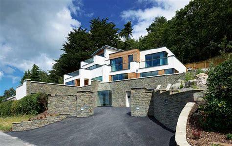 homes built into hillside contemporary hillside home homebuilding renovating