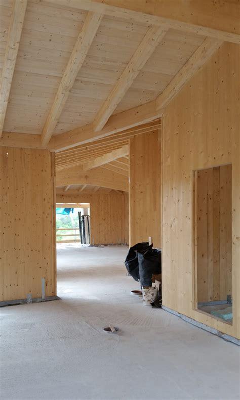 come si costruisce una casa in legno sistema costruttivo xlam come si costruisce una casa in