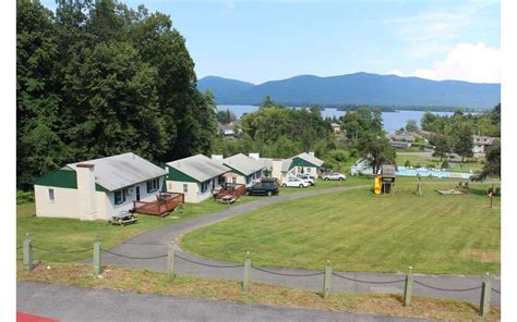 Lake George Cabins Pet Friendly by Hill View Cottages Pet Friendly Cottage Rentals In Lake