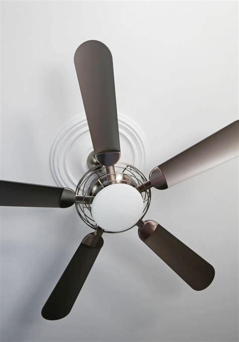 Ceiling Fans For Small Bedroom Master Bedroom Ceiling Fans 25 Methods To Save Your