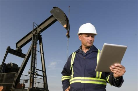 petroleum engineering what they do industrimigas
