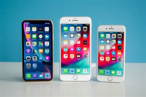 apple cuts iphone xr  iphone  prices kills iphone xs