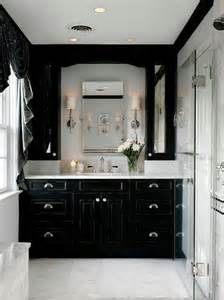 decorating ideas for a monochrome bathroom