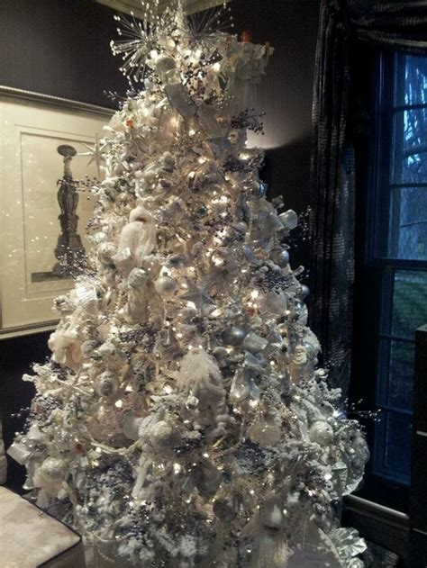 decorating for christmas with gold blue and gray flock your own tree craft projects for every fan