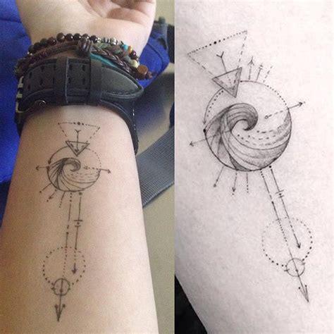 geometric zodiac tattoo aquarius geometric tattoo beauty pinterest geometric