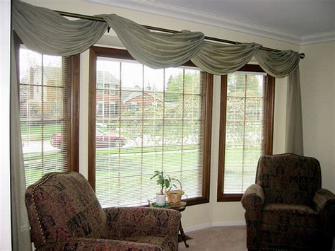 window dressing bay window treatment ideas bay window treatments in pictures