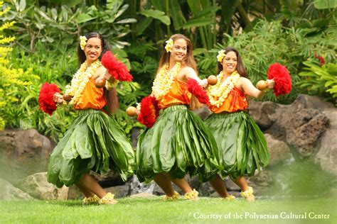 a hawaiian getaway free and nearly free activities in