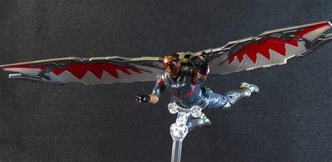 Hasbro Marvel Legends Civil War Series Falcon falcon375 00