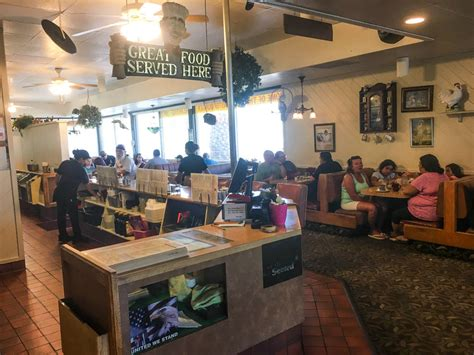 omelet house omelet house s cozy appeal still resonates after 25 years las vegas review journal