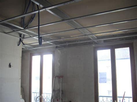Comment Faire Enduit Plafond by Comment Faire Un Faux Plafond Sans Se Fixer Sur L Ancien