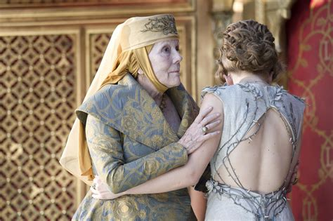 Gamis Babat Motiv Kucing olenna tyrell killed king joffrey on of thrones