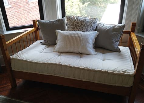 Daybed For Size Mattress by Custom Daybed Mattresses Get The Size Look You Want