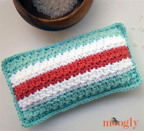 crochet rice bag pattern mod stripes rice bag moogly