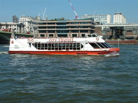 thames river boats tower hill south west grid for learning trust a london river cruiser