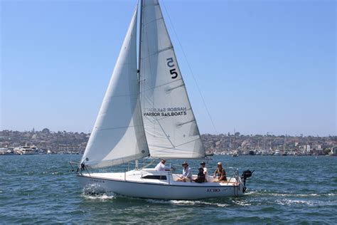 sail boat or sailboat san diego sailboat rentals bareboat charters at harbor