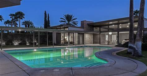 palm springs following in frank sinatra s footsteps frank sinatra palm springs house house plan 2017