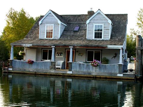 houses for rent in cda idaho stay in a float home on the coeur d alene river 3 br vacation house for rent on