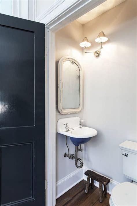 bathroom vedeos best 25 tiny half bath ideas on small half
