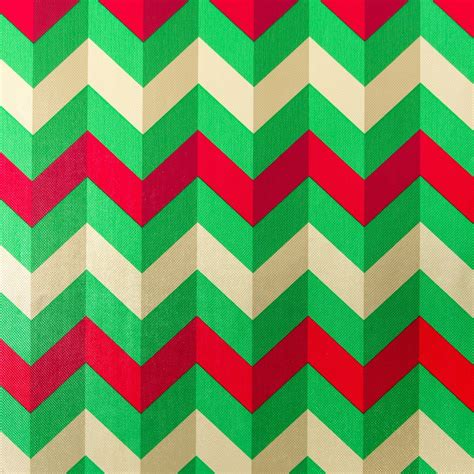 Wrapping Paper - zig zag roll wrap