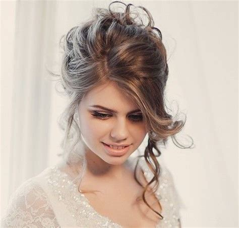 Wedding Updo Hairstyles For Faces by 40 Chic Wedding Hair Updos For Brides