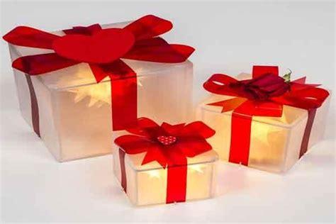 pacchetti soggiorno regalo decori natalizi per il soggiorno