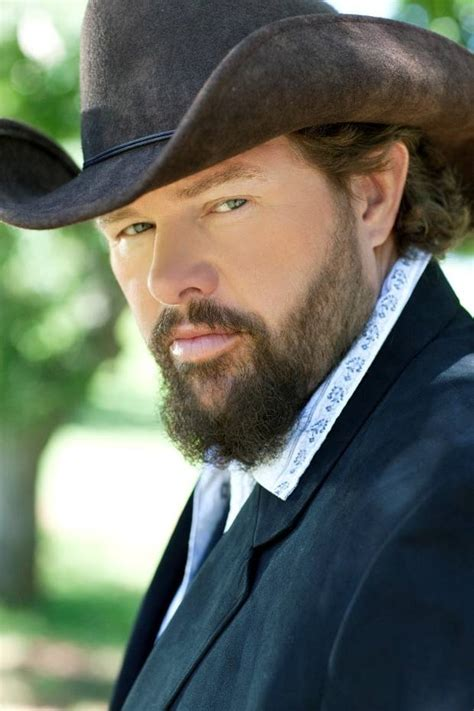toby keith music vince gill toby keith maren morris and more to perform