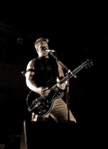 queens of the stone age fan club queens of the stone age images josh homme wallpaper and