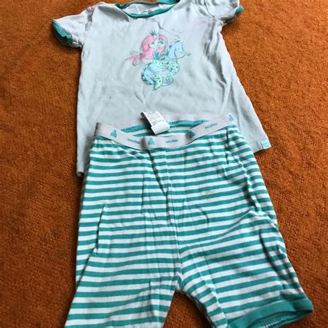 Baby Gap Sleepers by 60 Baby Gap Other Baby Gap Pjs From Brenda S Closet On Poshmark