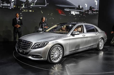 maybach mercedes 7 things the 2016 mercedes maybach s600 has motor trend wot