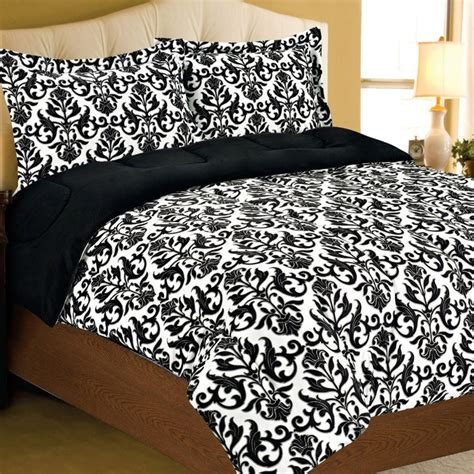 damask bedroom decor best 25 damask bedding ideas on pinterest organic duvet