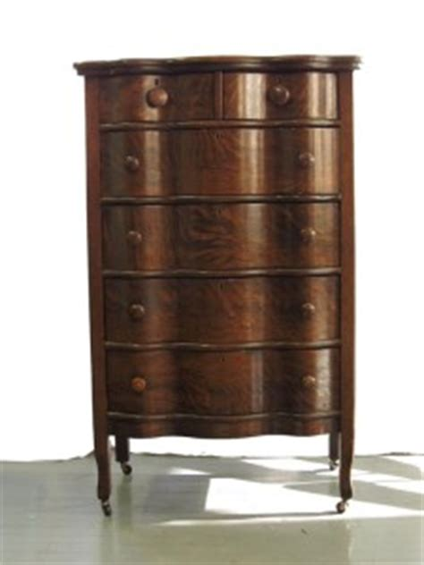 antique serpentine dresser quarter sawn tiger