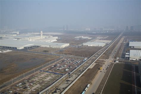 renault china dongfeng renault opens first plant in china autofreaks com