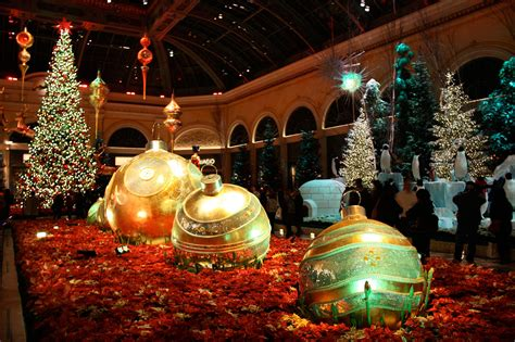 images of christmas events christmas in las vegas 2014 christmas events and shows