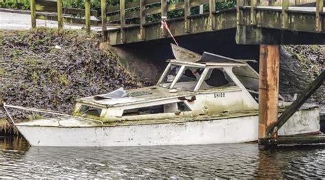 oude bootjes te koop geenstijl te koop groene draak van een boot