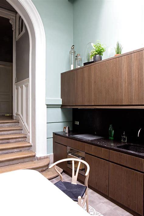 patio interior en un piso la cocina en un patio interior o de un piso con solera en