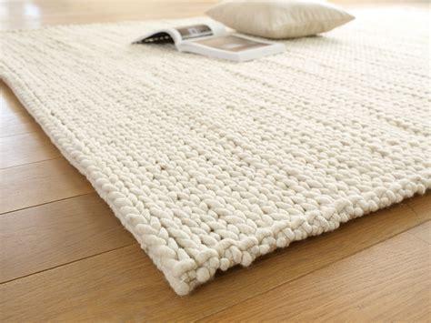 grüne erde teppiche schurwollteppich torsade teppiche gr 252 ne erde wohnen