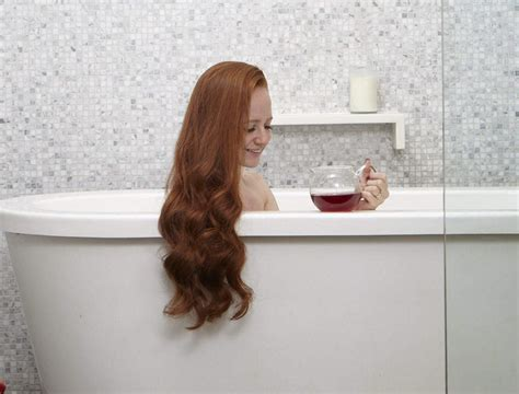 how to remove hair from bathtub how to remove hair dye from bathtub tubethevote