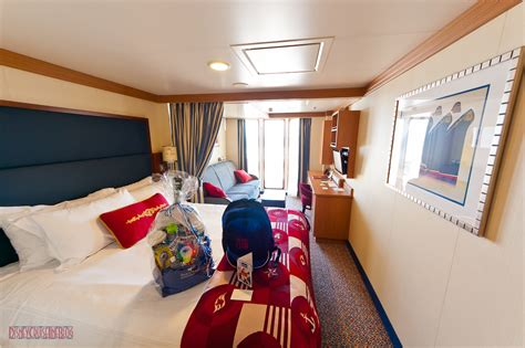 Disney Fantasy 5E ? Deluxe Oceanview Stateroom with Huge