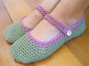 pretty and warm slippers to crochet for women 18 free