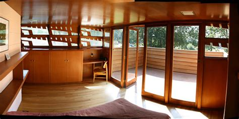 lloyds bedrooms a frank lloyd wright bedroom inside the frank lloyed
