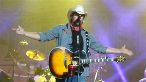 toby keith uk toby keith in london uk god love her youtube