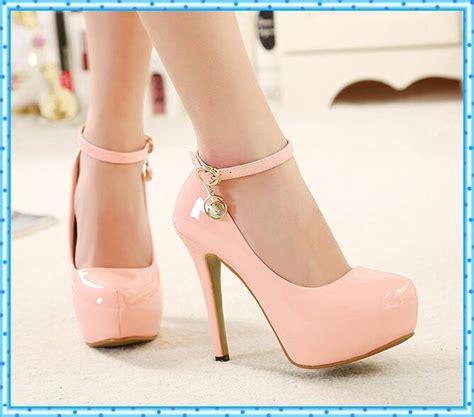 imagenes de zapatillas rosas para mujer zapatos de tacones altos de color rosa bombea