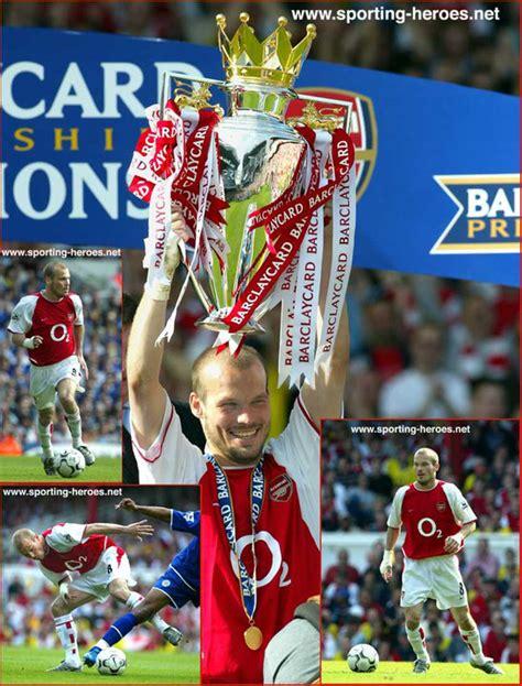 arsenal unbeaten season ljungberg freddie premiership appearances 2003 04