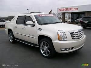 2008 Cadillac Escalade Colors 2008 White Cadillac Escalade Ext Awd 27169275