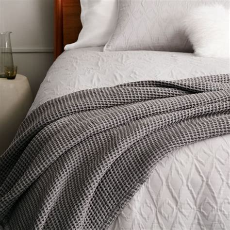 bed throw stonewashed waffle end of bed throw west elm